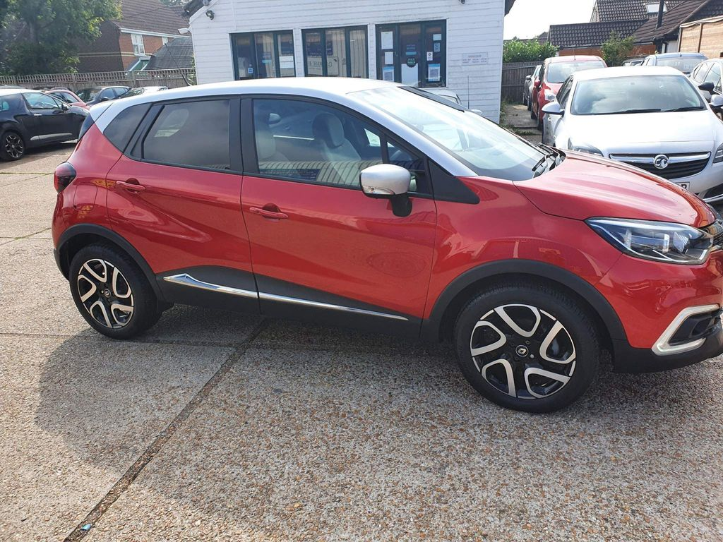 Renault Captur SUV 1.5 dCi ENERGY Iconic (s/s) 5dr
