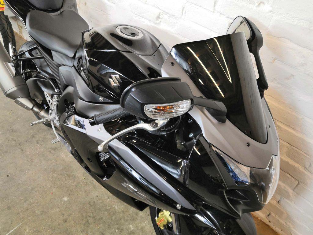 Suzuki GSXR1000 Super Sports