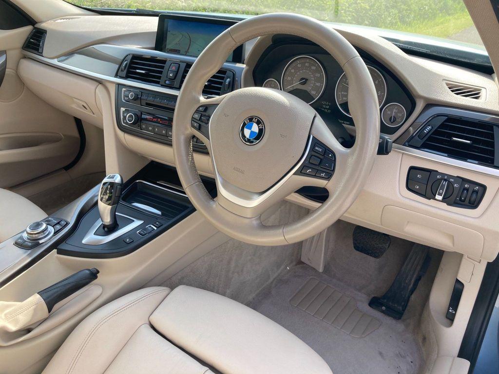 BMW 3 Series Saloon 2.0 320d Modern (s/s) 4dr