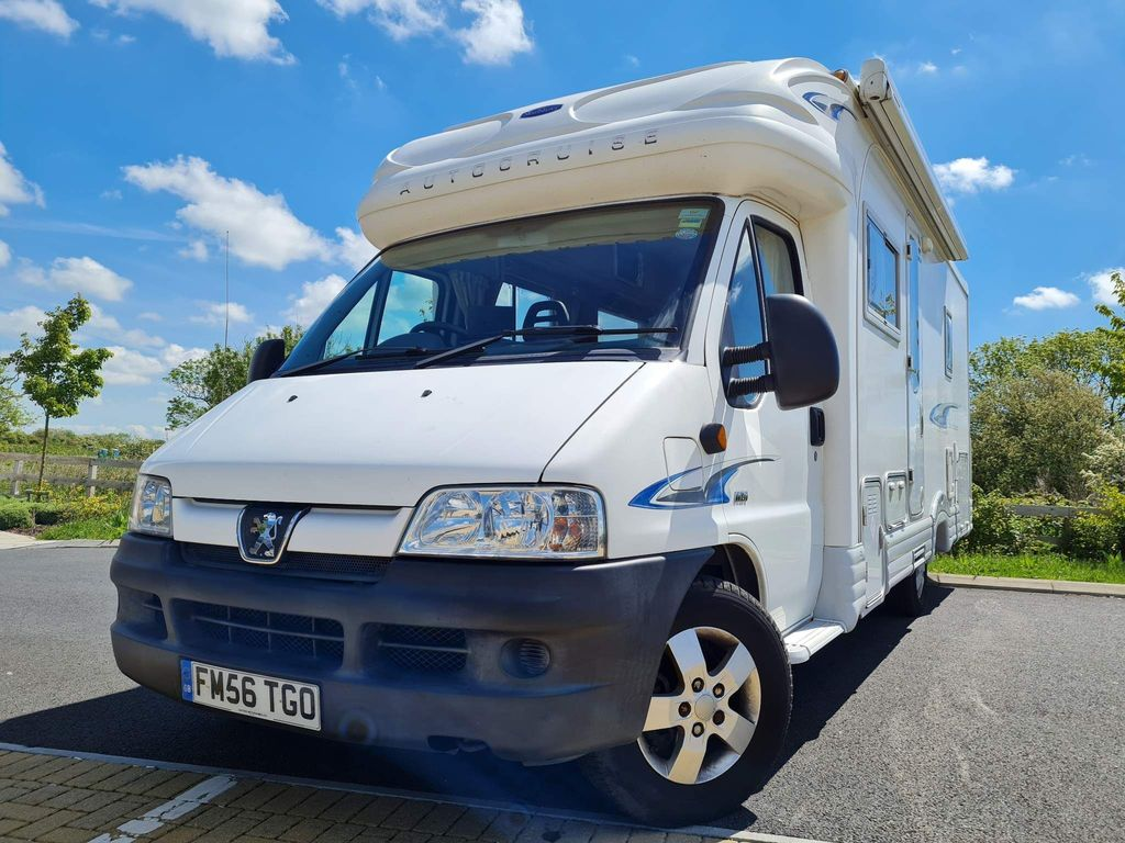 Autocruise Sorry now sold Coach Built Peugeot boxer 2.8 hdi