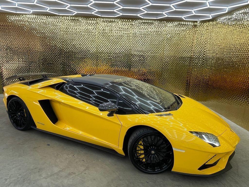 Lamborghini Aventador Convertible 6.5 V12 LP 740-4 S Roadster ISR 4WD 2dr