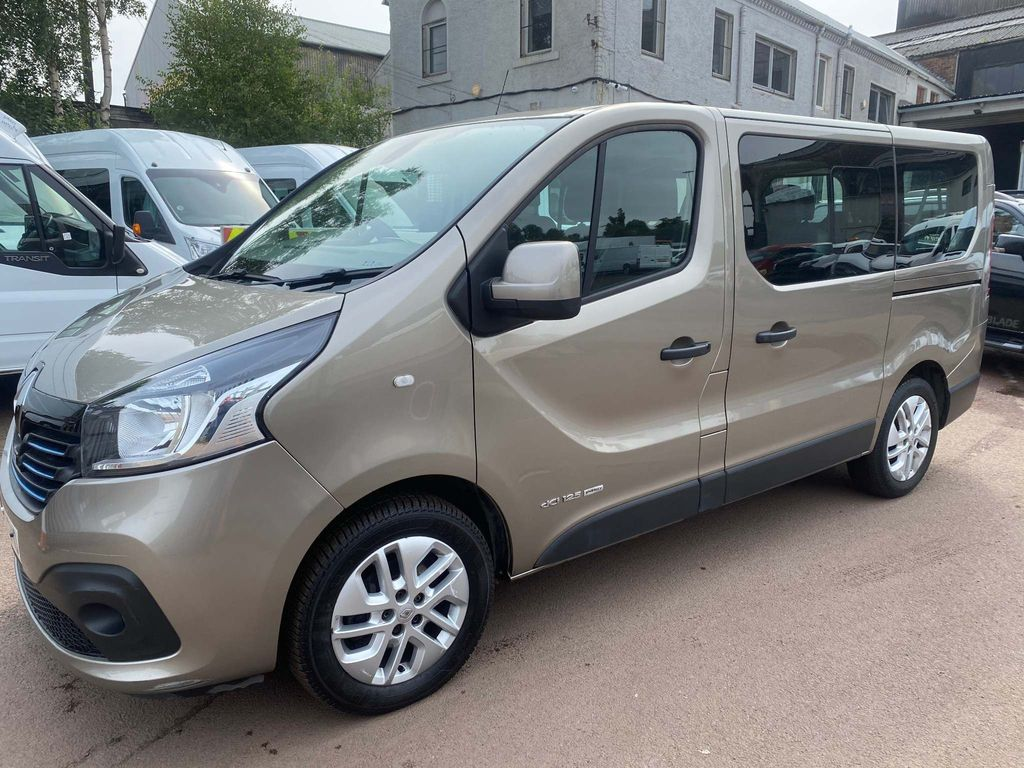 Renault Trafic Other 1.6 dCi ENERGY 27 Sport (s/s) 5dr (9 Seat)