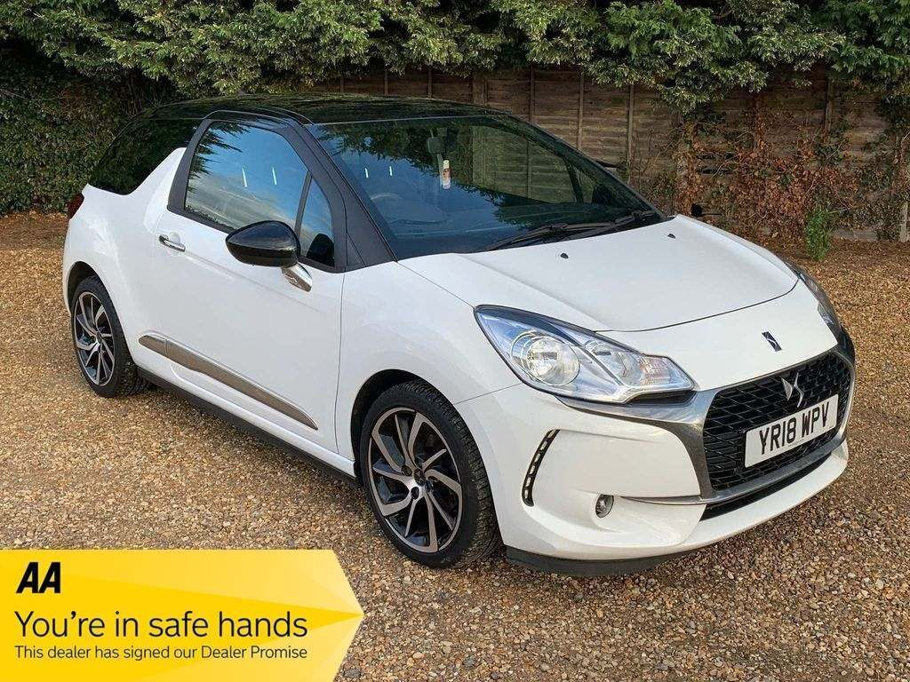 DS AUTOMOBILES DS 3 Hatchback 1.6 BlueHDi Connected Chic (s/s) 3dr
