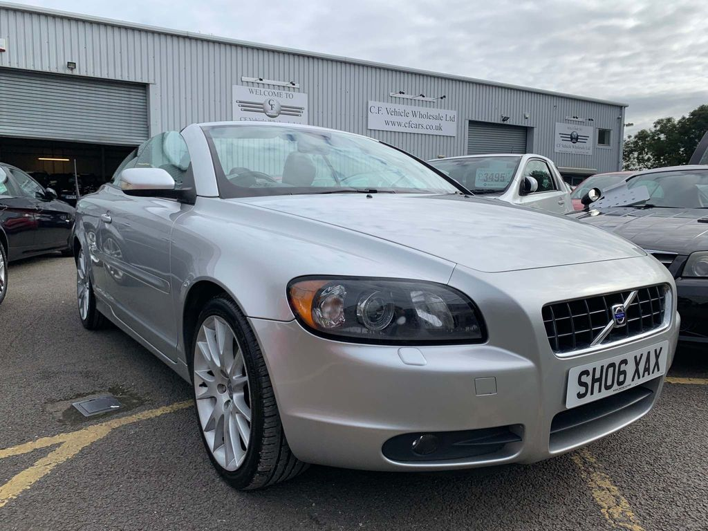 Volvo C70 Convertible 2.4 i Sport 2dr