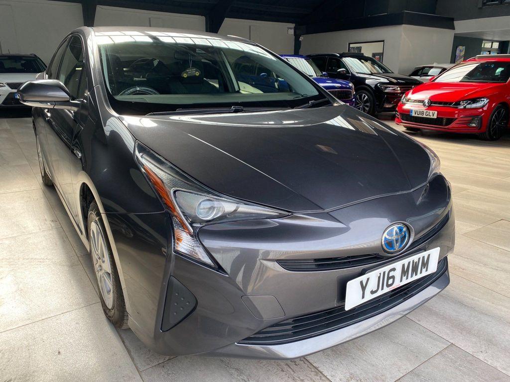 Toyota Prius Hatchback Tspirit VVTI