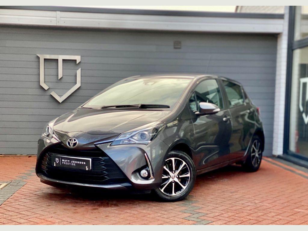 Toyota Yaris Hatchback 1.5 VVT-i Icon Tech 5dr