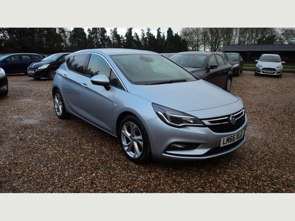 Vauxhall Astra Hatchback 1.6 CDTi BlueInjection SRi (s/s) 5dr
