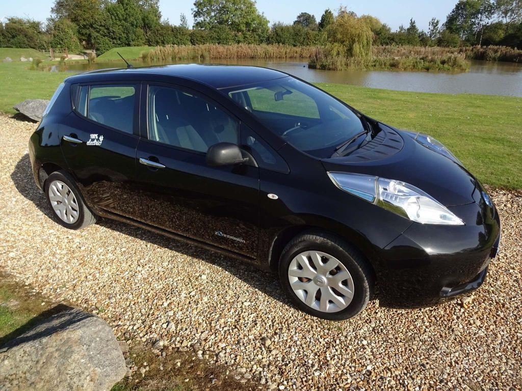 Nissan Leaf Hatchback (24kWh) Visia 5dr