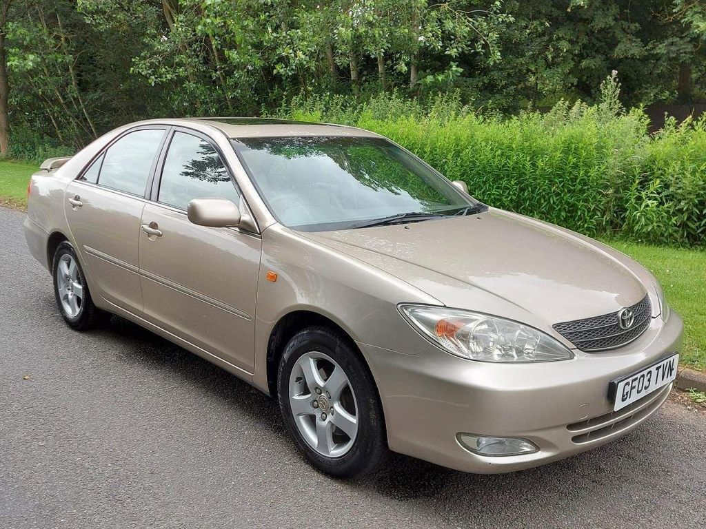 Toyota Camry Saloon 3.0 V6 CDX 4dr