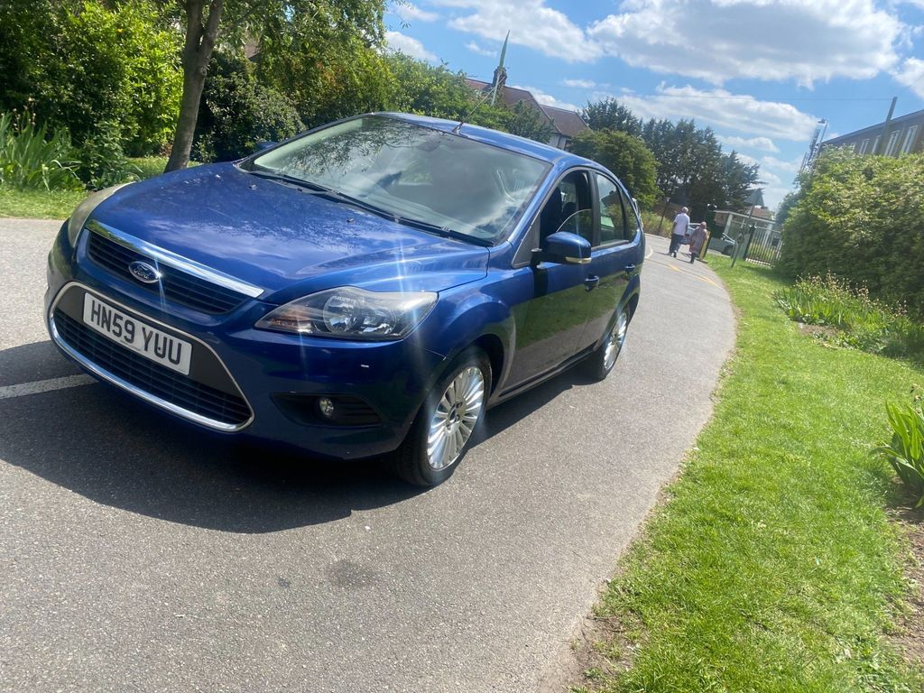 Ford Focus Hatchback 1.8 Titanium 5dr