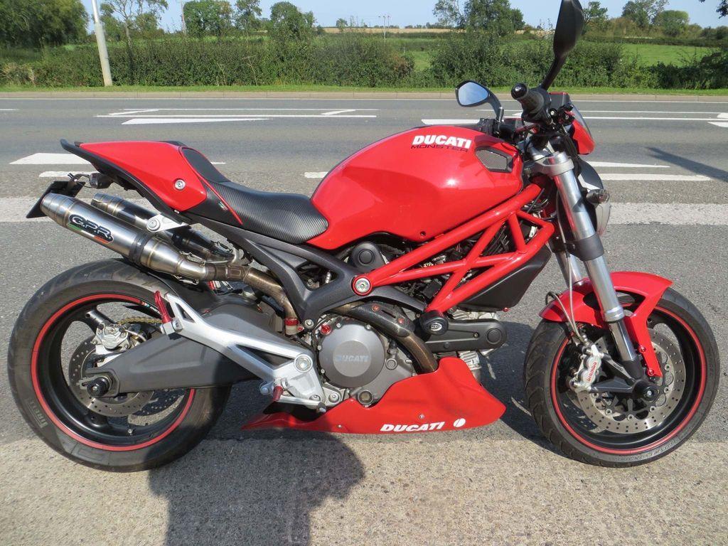 Ducati Monster 696 Naked 696 696