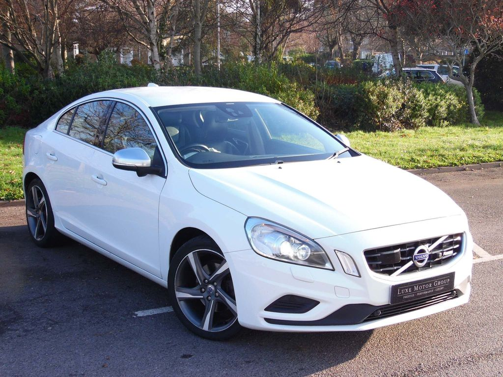 Volvo S60 Saloon 1.6 D2 R-Design Powershift 4dr