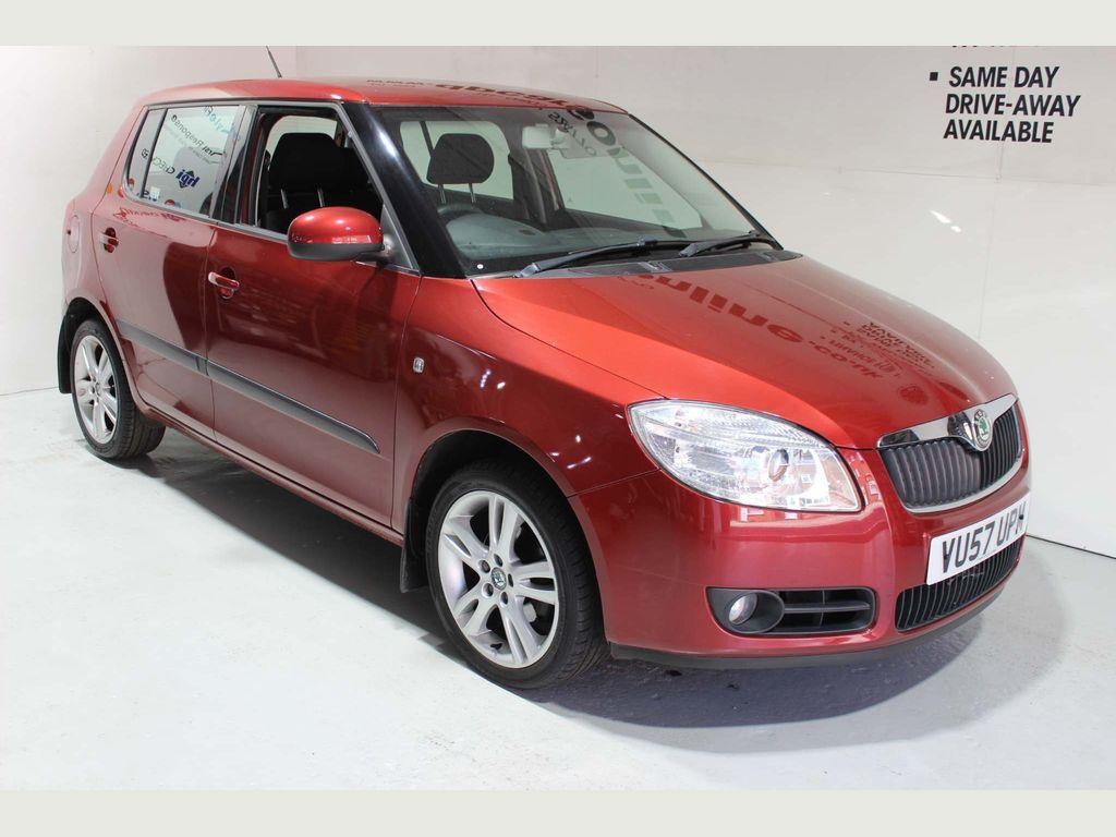 SKODA Fabia Hatchback 1.6 16v 3 5dr