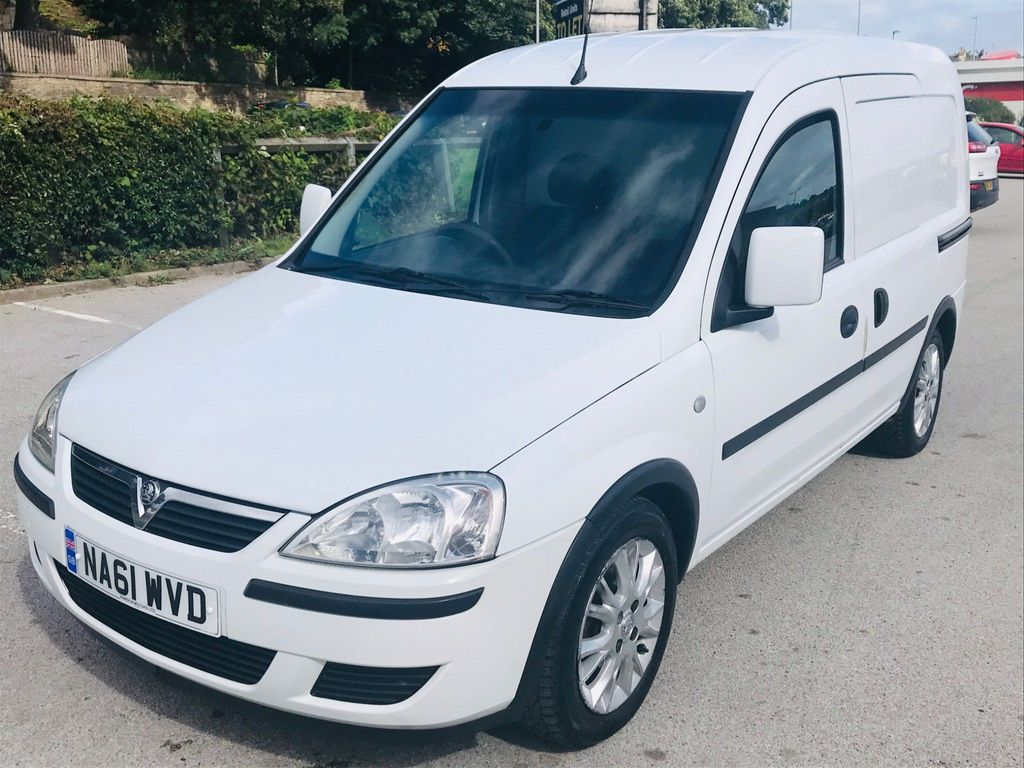 Vauxhall Combo Car Derived Van 1.3 CDTi 1700 ecoFLEX 16v SE panel Van