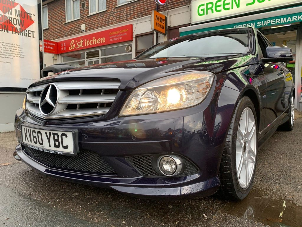 Mercedes-Benz C Class Saloon 1.8 C250 BlueEFFICIENCY Sport 4dr