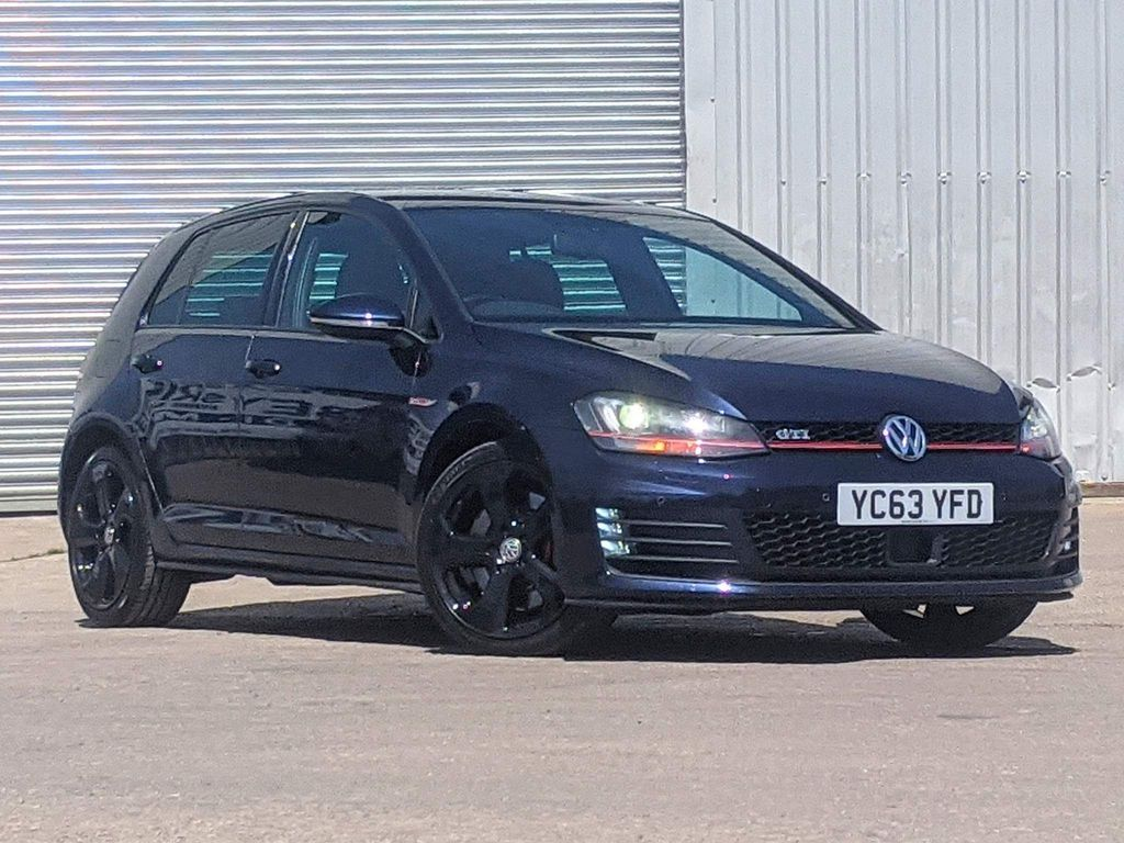 Volkswagen Golf Hatchback 2.0 TSI BlueMotion Tech GTI (Performance pack) DSG 5dr