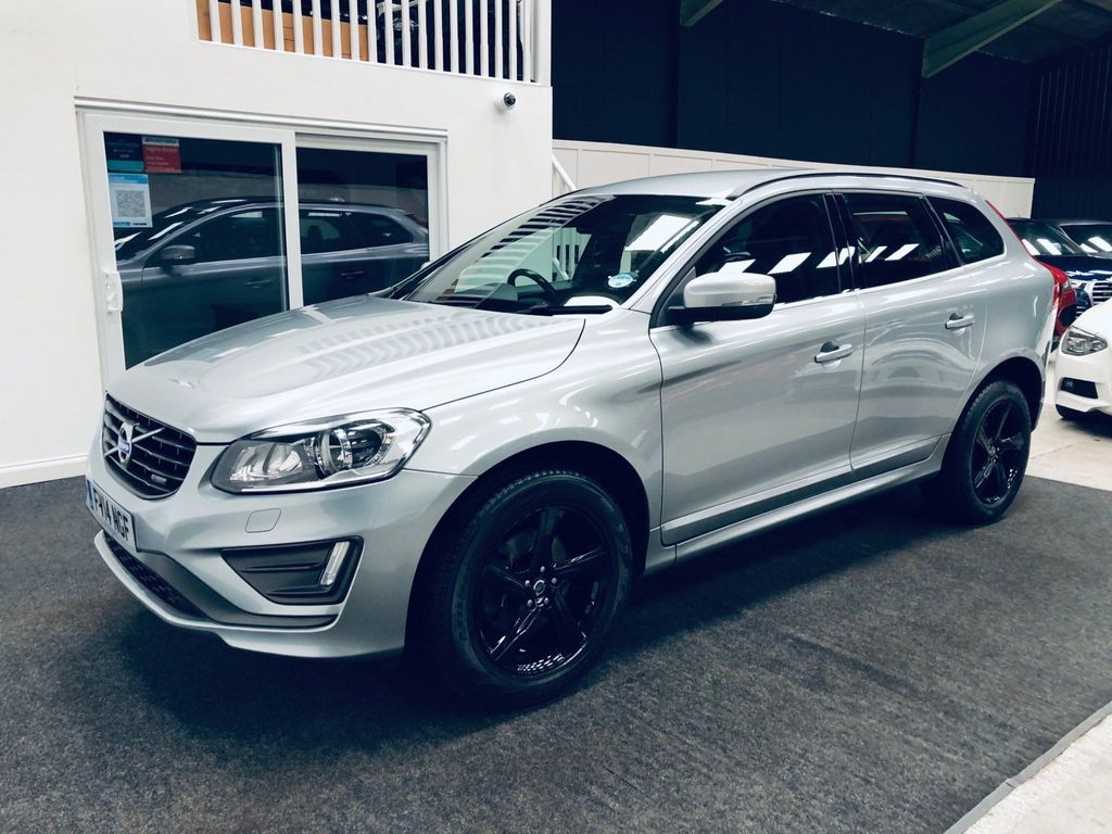 Volvo XC60 SUV 2.4 D4 R-Design AWD (s/s) 5dr