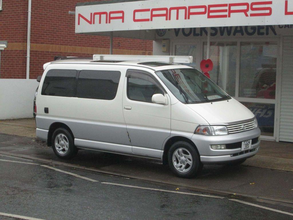 Toyota HiAce Unlisted Regius rear camper conversion