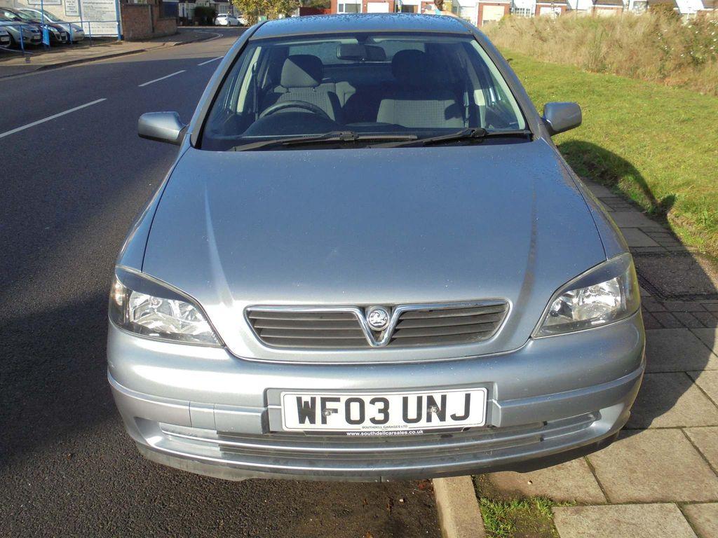 Vauxhall Astra Hatchback 1.6 i Active 5dr