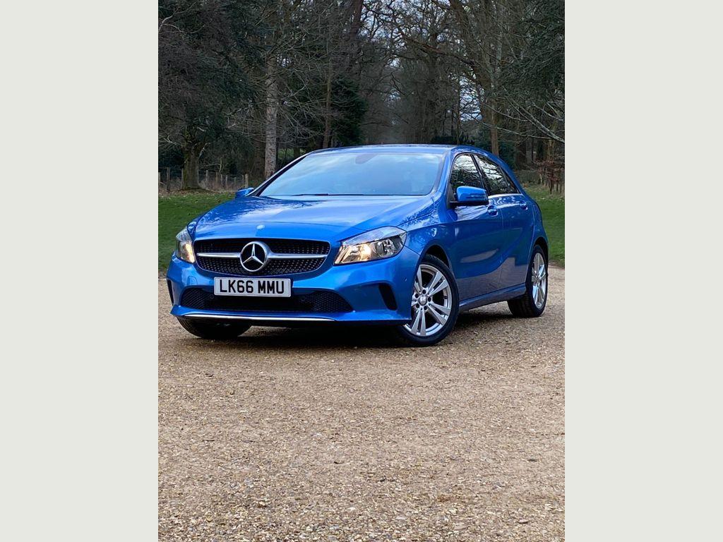 Mercedes-Benz A Class Hatchback 1.5 A180d Sport (Executive) (s/s) 5dr