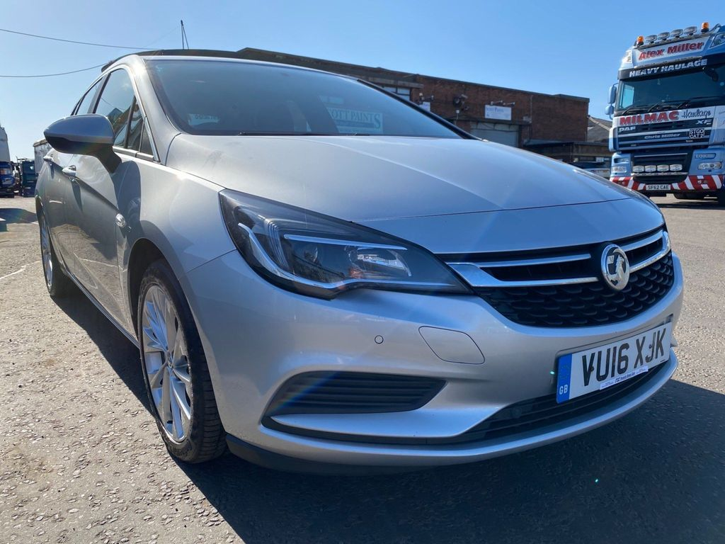 Vauxhall Astra Hatchback 1.6 CDTi ecoTEC BlueInjection Design 5dr
