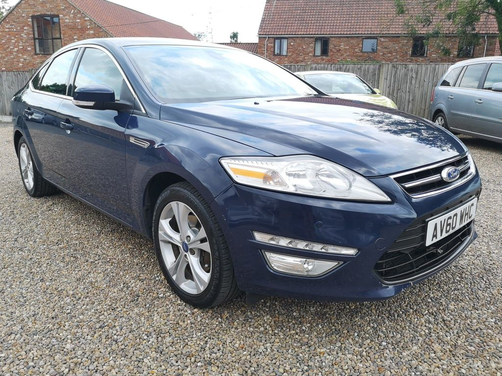 Ford Mondeo Hatchback 2.0 Titanium Powershift 5dr