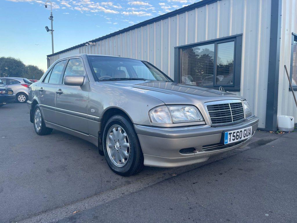 Mercedes-Benz C Class Saloon 1.8 C180 Elegance 4dr