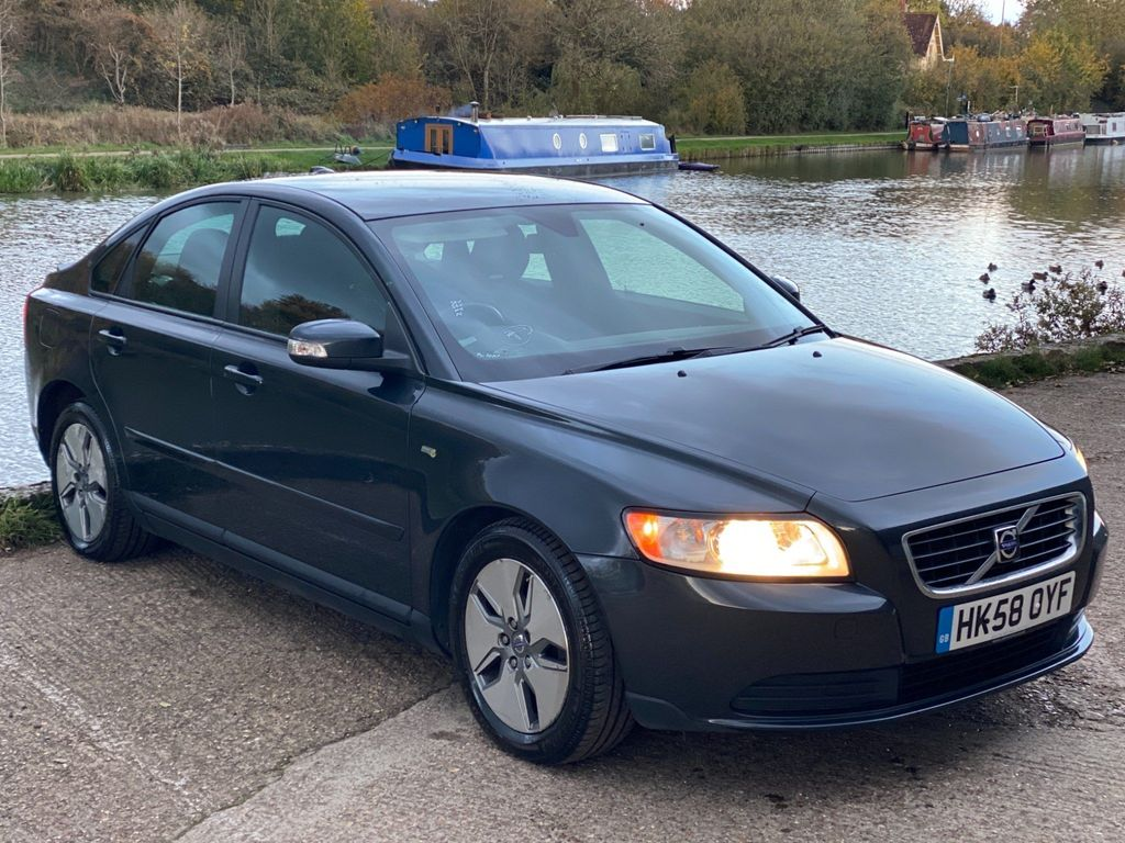 Volvo S40 Saloon 1.6 TD DRIVe S 4dr