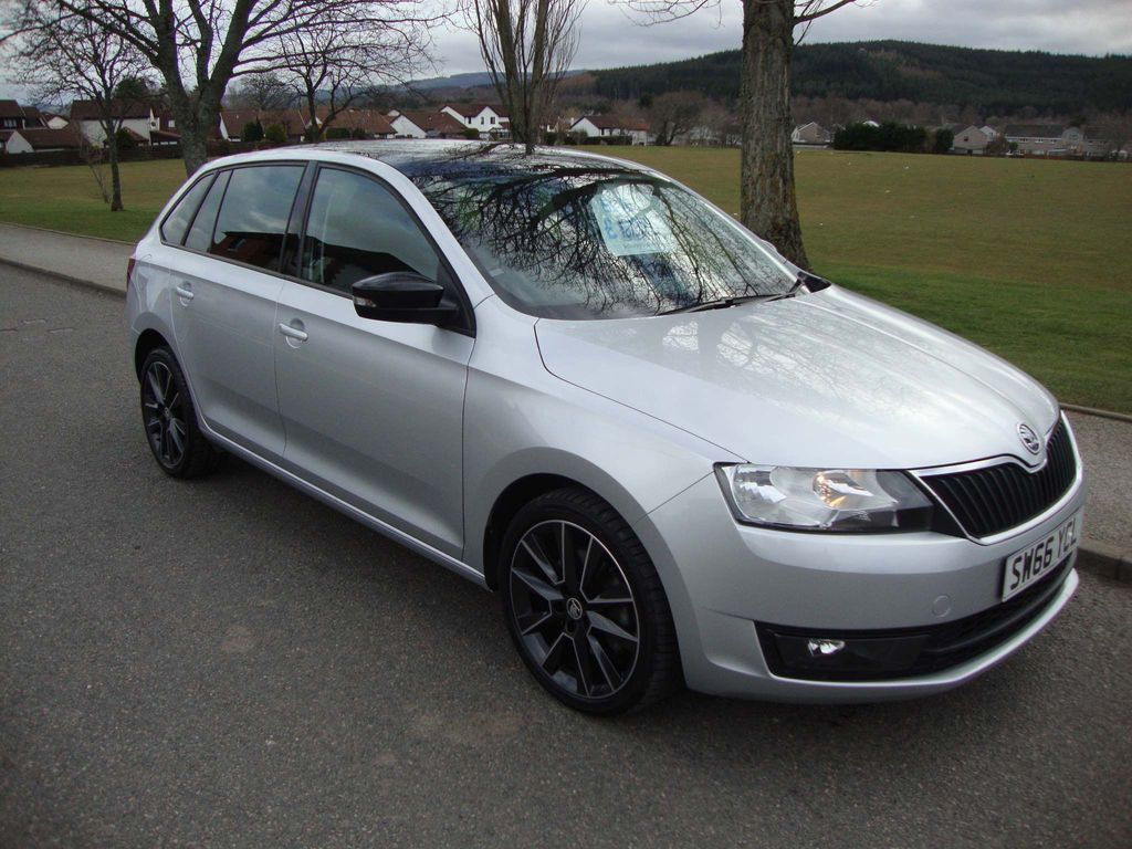 SKODA Rapid Spaceback Hatchback 1.2 TSI SE Sport Spaceback (s/s) 5dr