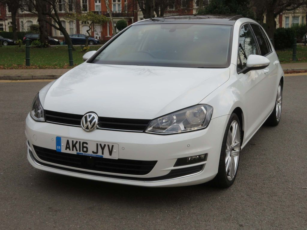 Volkswagen Golf Hatchback 1.4 TSI BlueMotion Tech ACT GT Edition DSG (s/s) 5dr