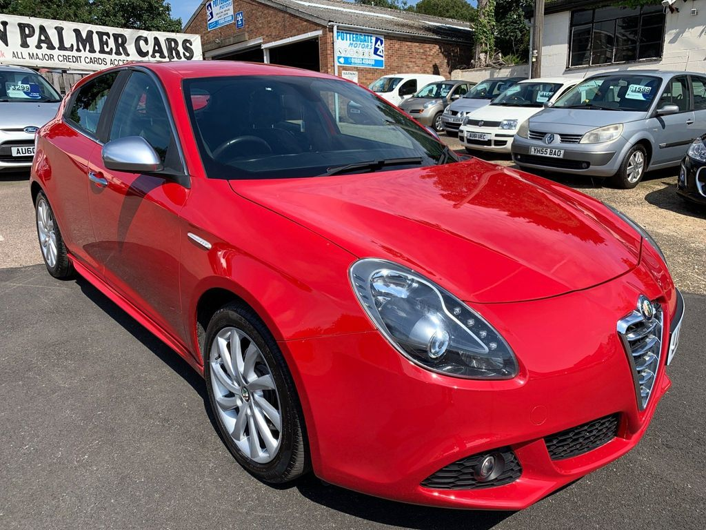 Alfa Romeo Giulietta Hatchback 2.0 JTDM-2 Veloce ALFA TCT 5dr
