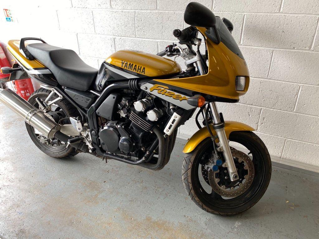 Yamaha FZS600 Tourer 600 S Fazer
