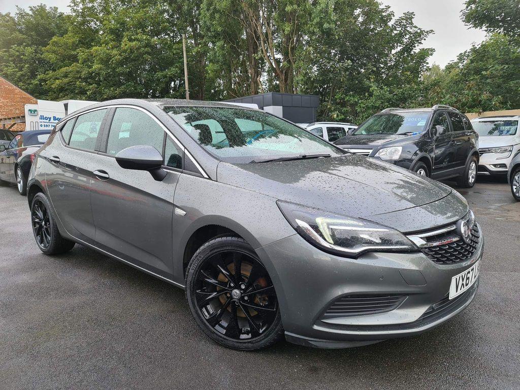 Vauxhall Astra Hatchback 1.6 CDTi BlueInjection Tech Line Nav (s/s) 5dr