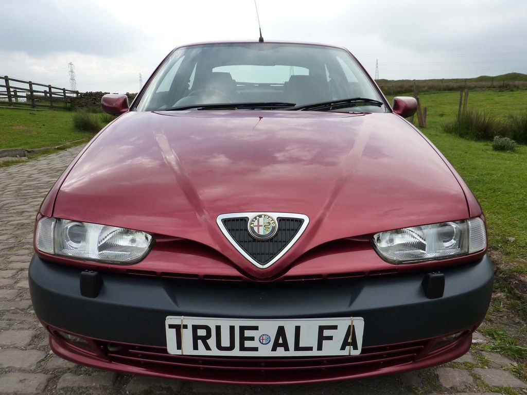 Alfa Romeo 146 Hatchback 2.0 TI 5dr