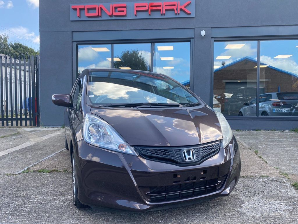 Honda Fit Hatchback 1.3 G