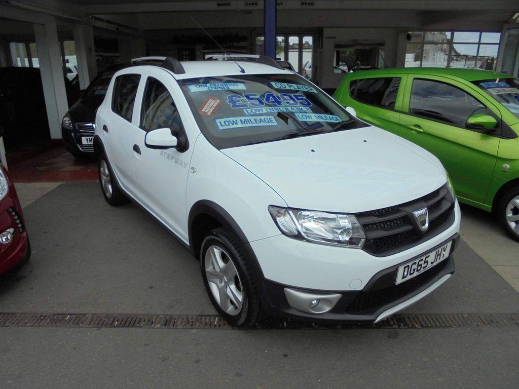 Dacia Sandero Stepway Hatchback 0.9 TCe Ambiance Stepway (s/s) 5dr