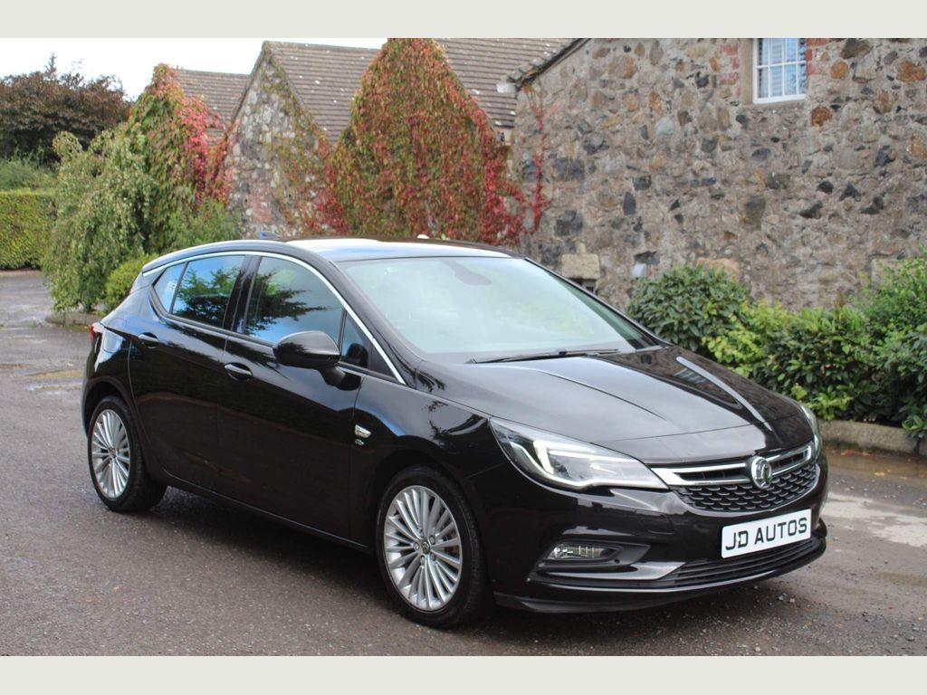 Vauxhall Astra Hatchback 1.6 CDTi BlueInjection Elite Nav Auto 5dr