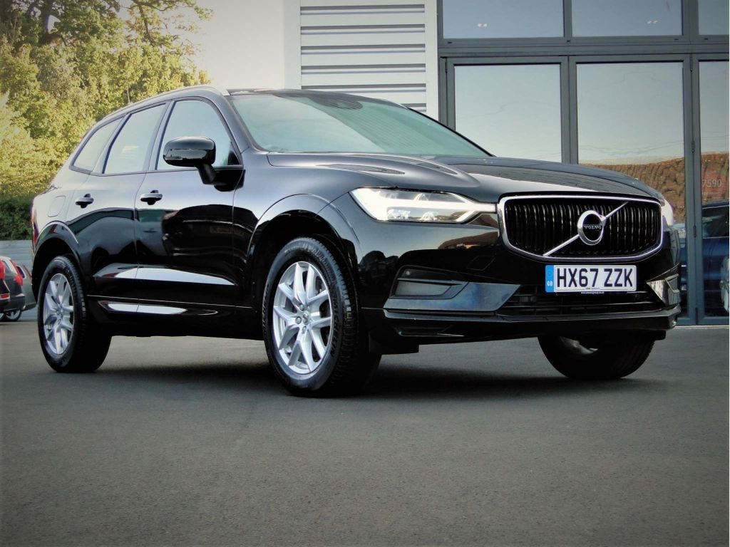 VOLVO XC60 SUV 2.0 D4 Momentum Auto AWD (s/s) 5dr