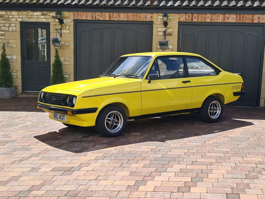 Ford Escort Saloon RS2000