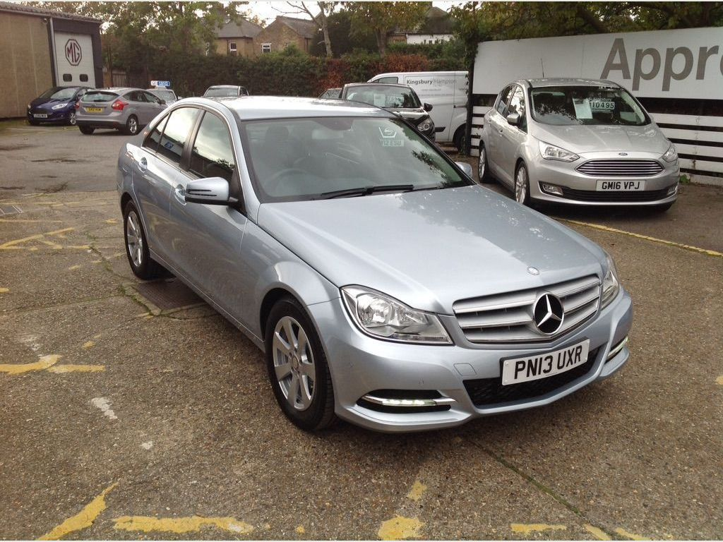 Mercedes-Benz C Class Saloon 1.6 C180 SE (Executive) 7G-Tronic Plus 4dr