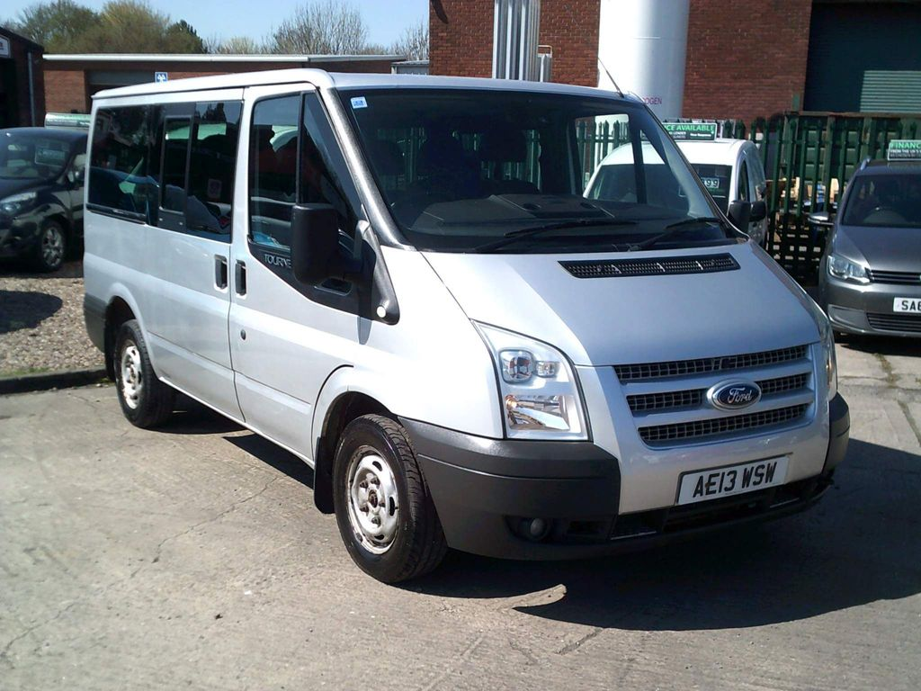 Ford Transit MPV 2.2 TDCi 280 Tourneo Trend Low Roof Bus S 5dr (9 Seats, SWB)