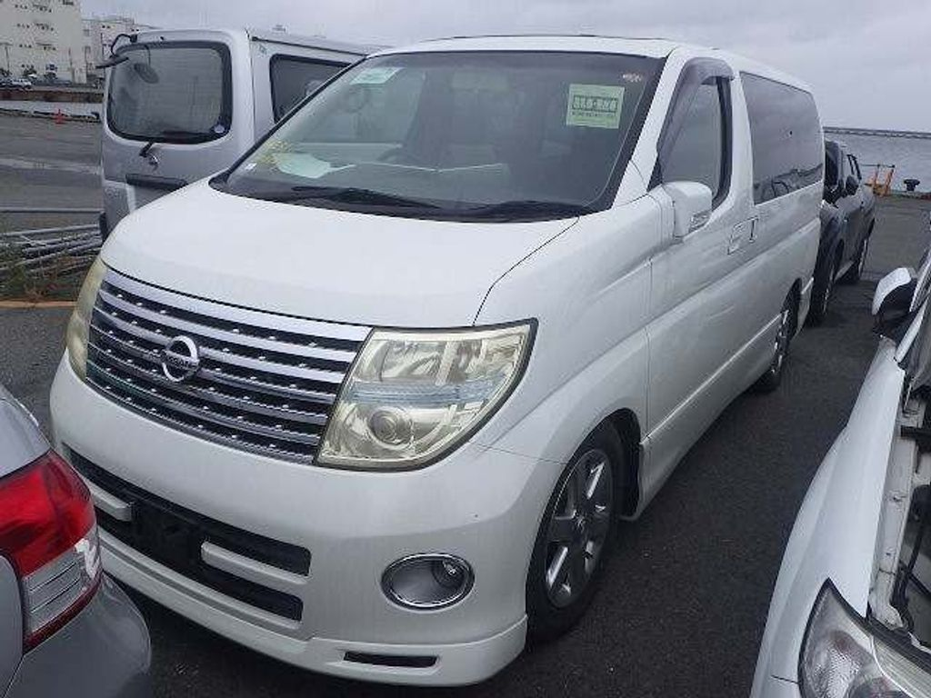 Nissan Elgrand MPV 4wd Highway star sunroof p doors