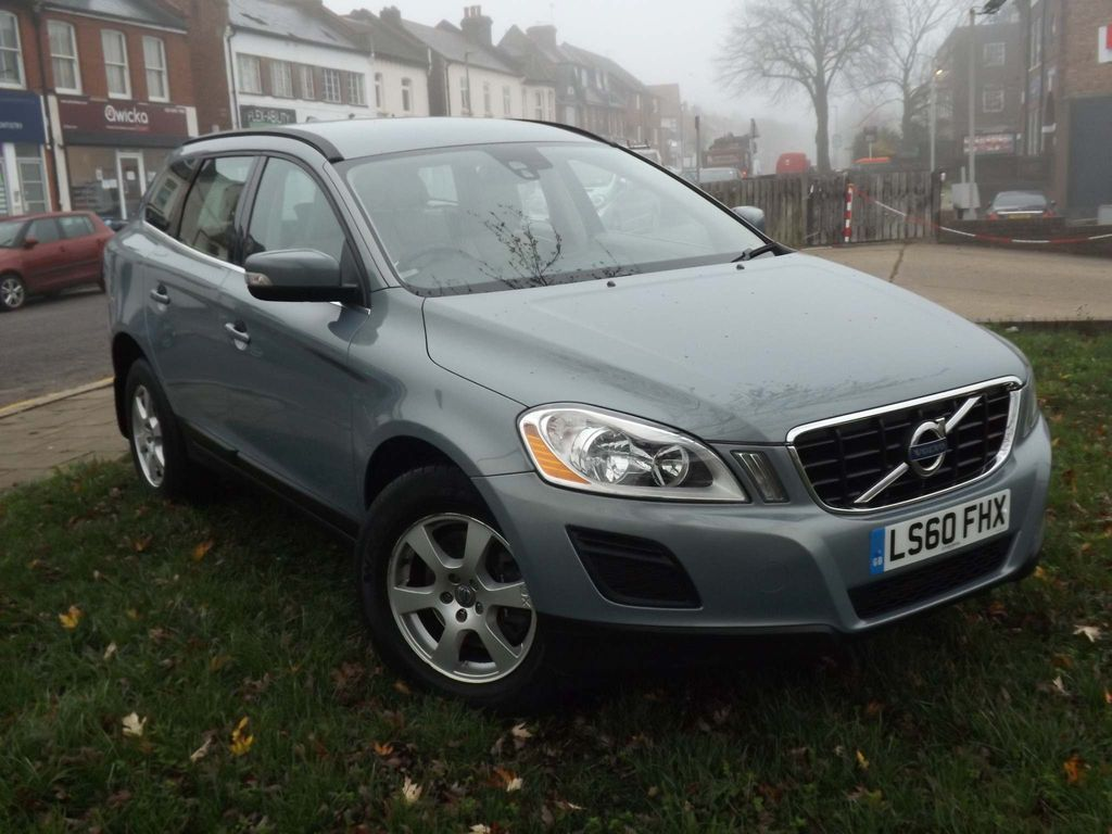 Volvo XC60 SUV 2.0 D3 SE Geartronic 5dr