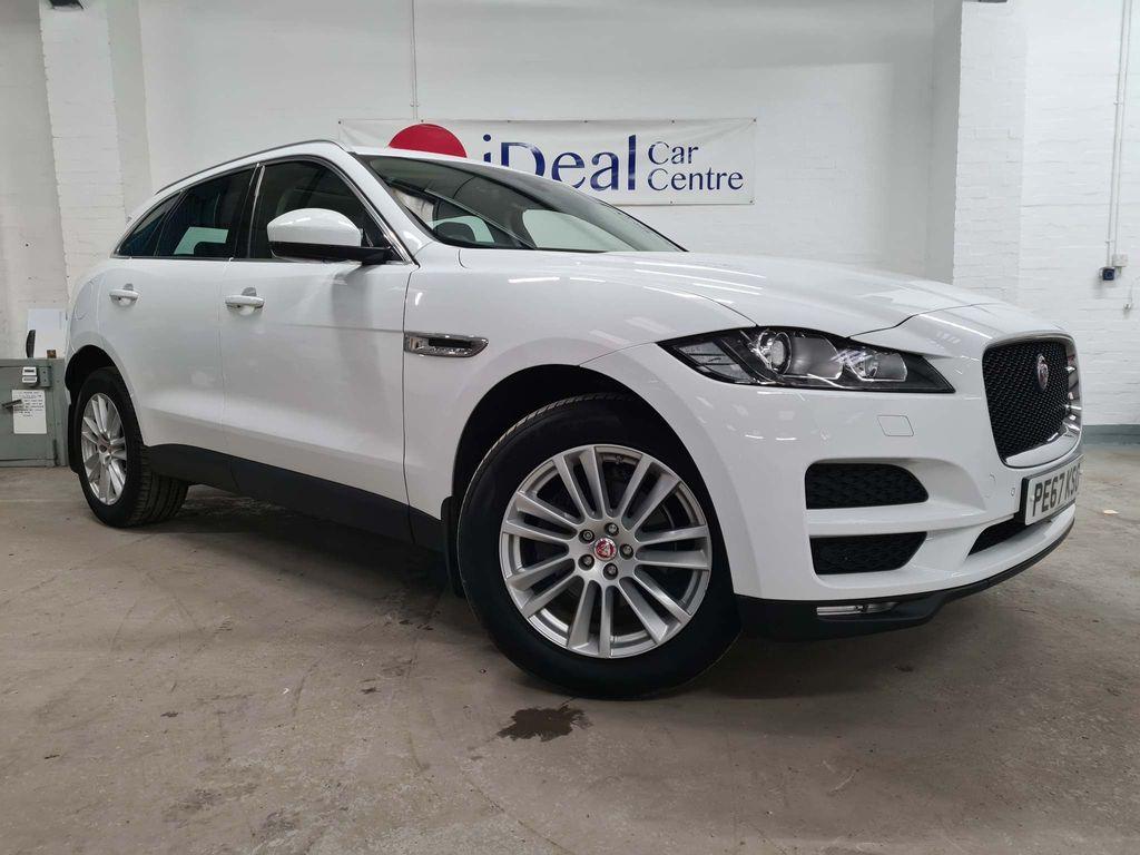 Jaguar F-PACE SUV 2.0d Portfolio Auto (s/s) 5dr