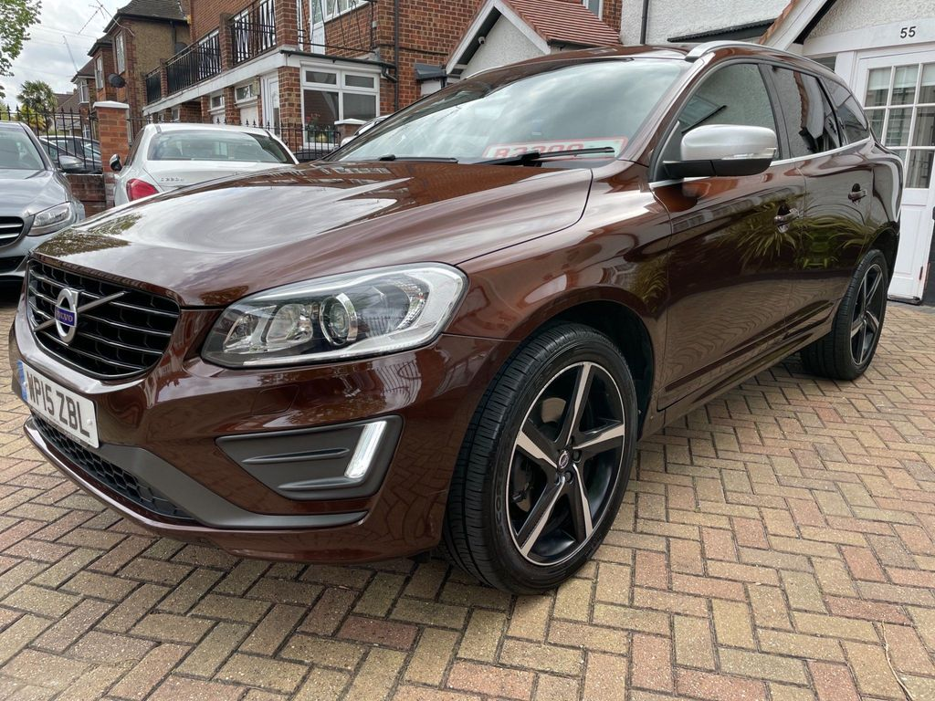 Volvo XC60 SUV 2.0 D4 R-Design Lux Nav Geartronic (s/s) 5dr
