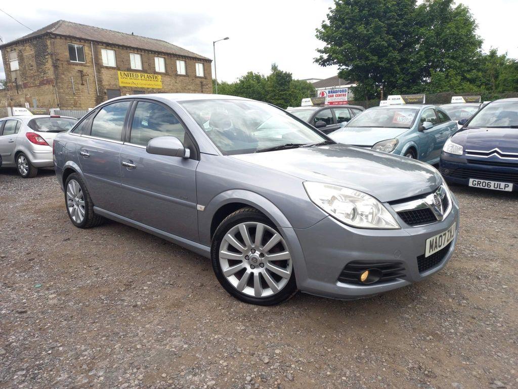 Vauxhall Vectra Hatchback 1.9 CDTi 16v Elite 5dr