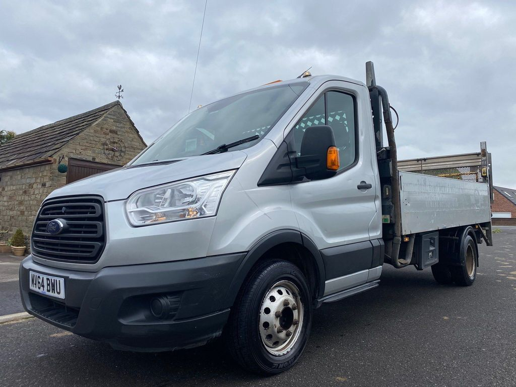 Ford Transit Chassis Cab 2.2 TDCi 350 RWD L3 H1 EU5 2dr (DRW)