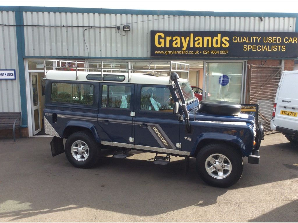 Land Rover Defender 110 SUV 2.5 TD5 County MWB 5dr