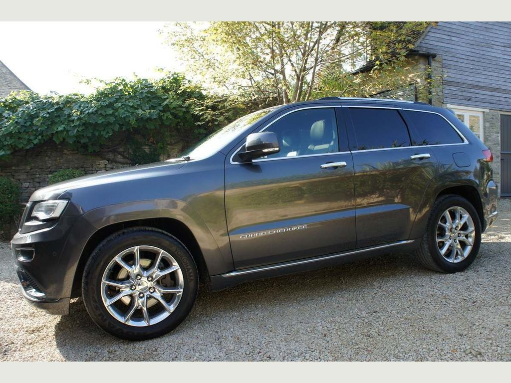 Jeep Grand Cherokee SUV 3.0 V6 CRD Summit Auto 4WD 5dr