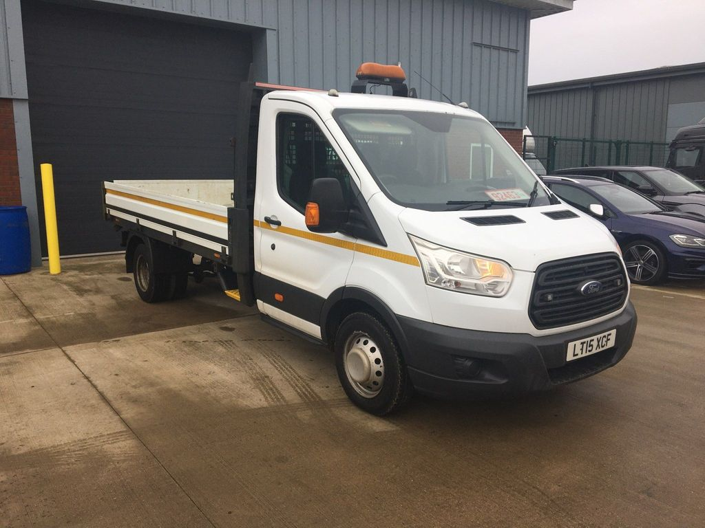 Ford Transit Chassis Cab 2.2 TDCi 350 Chassis Cab 2dr Diesel Manual RWD L3 H1 EU5 (DRW) (125 ps)